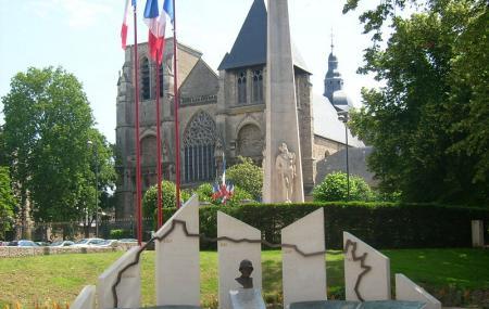 Eglise Notre-dame De La Couture Image