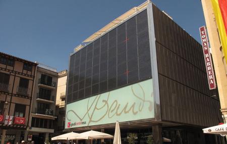 Gaudi Centre Image