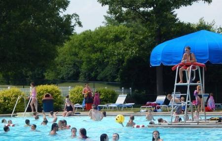 Cassel Hills Swimming Pool Image