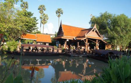 Ayothaya Floating Market Image