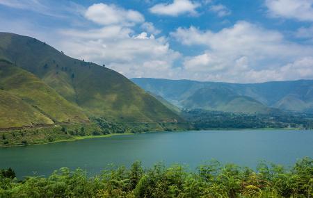 Lake Toba Image