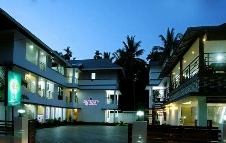 Clirind Resorts Athirapally Image