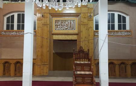 Al Karam Mosque Image