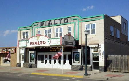 rialto theatre aitkin reviews ticket price timings address