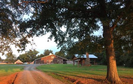 Crosslink Meadows Farm And Ranch Image