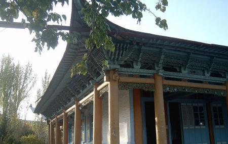 Dungan Mosque Image