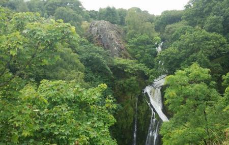 Ceunant Mawr Waterfall Image