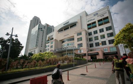 Gurney Plaza Image