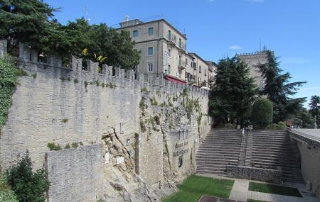 Cava Dei Balestrieri Image
