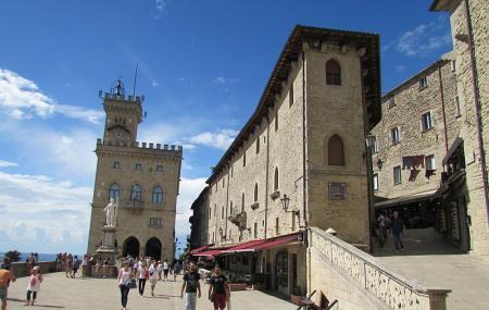 Piazza Della Liberta Image