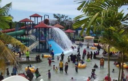 Melaka Wonderland Theme Park And Resort Image