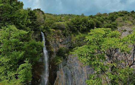 Waterfall Skaklya (zasele) Image