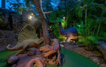 Dino Park Mini Golf Image