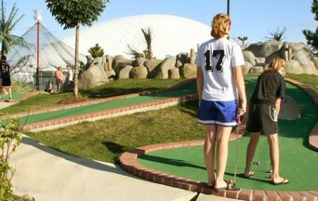 Sportzone Family Fun Center Image