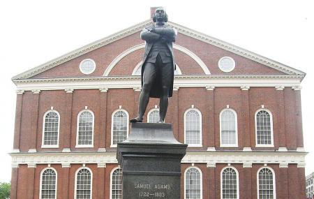 Sam Adams Statue Image