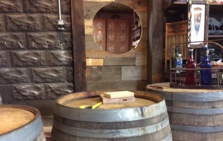 Benezette Wines Image