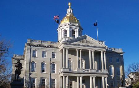 New Hampshire State House Image