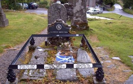 Rob Roy's Grave Image