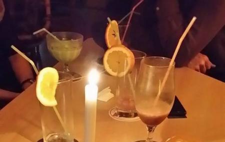 Shake - Die Partyscheune Image