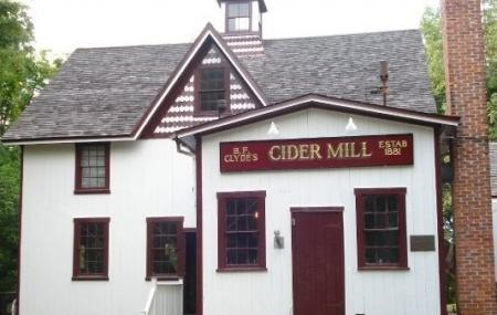 Clyde's Cider Mill (seasonal) Opens Sept. 1st Image