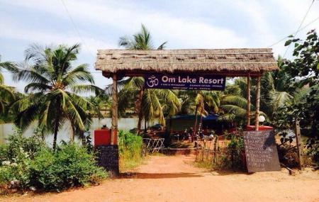 Om Lake Resort Image