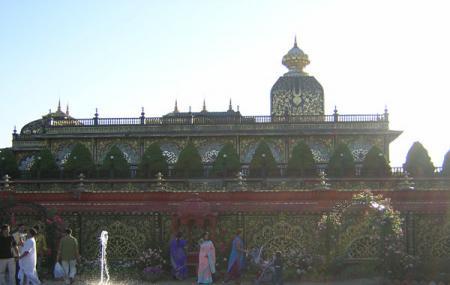 Palace Of Gold Image