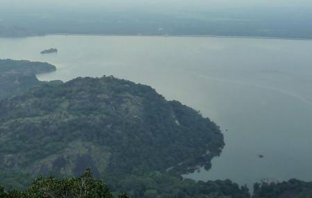 Aliyar Dam Image