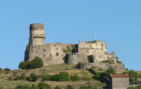 Chateau De Tournoel Image