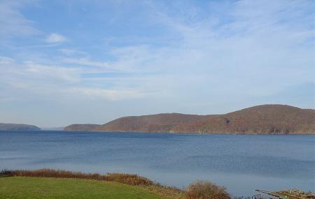 Quabbin Reservoir Image