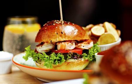 Goodbar - Goodburger Image