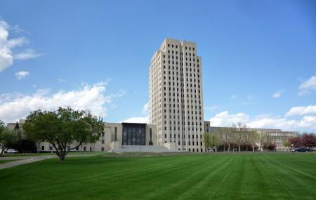 State Capitol Building Image