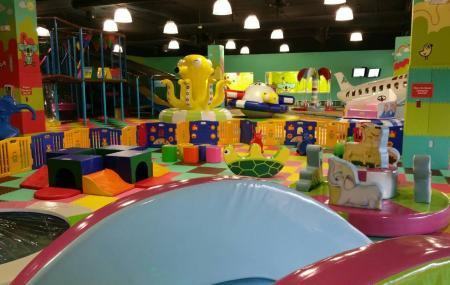 We Play Loud Kids Indoor Playground Image