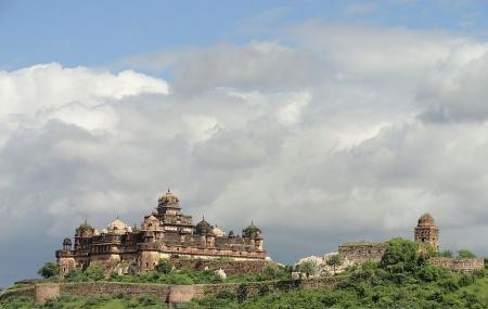 Bir Singh Palace Image