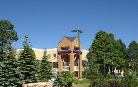 Baymont Inn & Suites Flagstaff Image