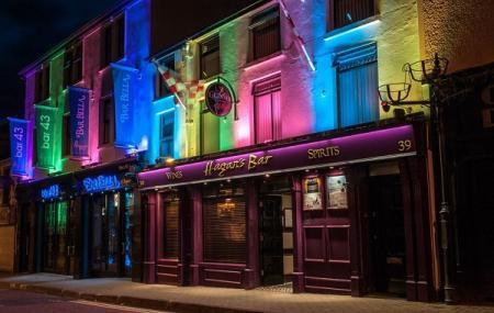 Hagan's Bar & Bar Bella Image