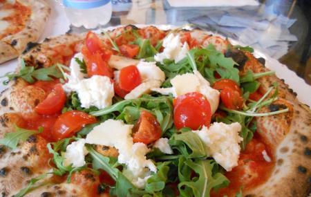 Il Gusta Pizza Image
