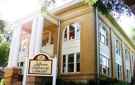 Jefferson Carnegie Library, Marshall
