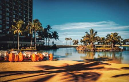 Hokulani Waikiki By Hilton Grand Vacations Image