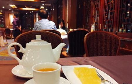Windsor Plaza- Ngan Dinh Restaurant Image