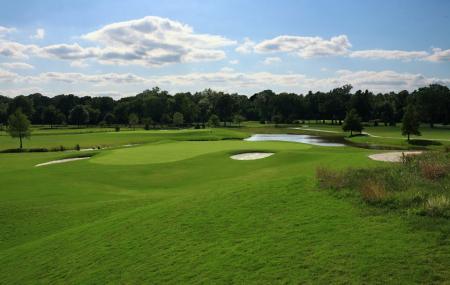 Pecan Hollow Golf Course Image