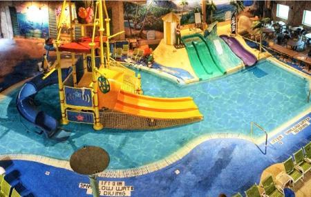 Splash Lagoon Indoor Water Park Resort Image