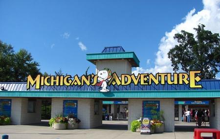 Michigan's Adventure Image