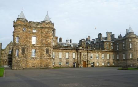 Holyrood Palace Image