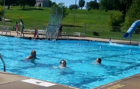 Ellis-porter Riverside Pool Image