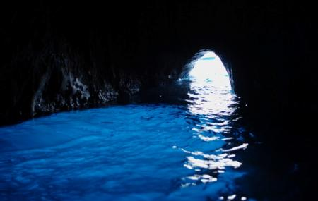 Blue Grotto Image