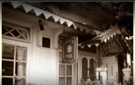 Joey's Pub Image