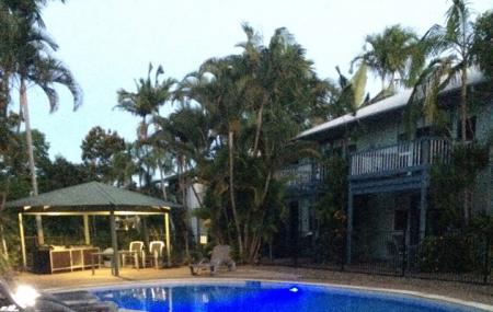 Coral Beach Noosa Resort Image