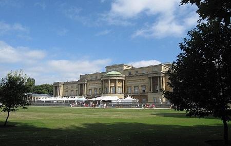 Buckingham Palace Gardens Image