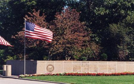 Calverton National Cemetery Image