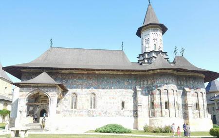 Clocociov Monastery Image